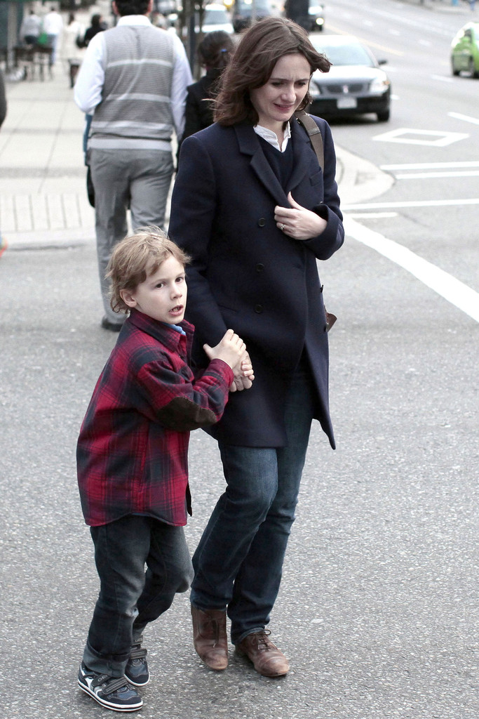 Photo of Emily Mortimer & her Son  Samuel John Nivola