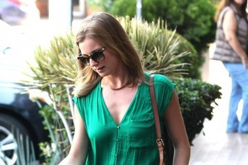 Emily VanCamp Emily VanCamp Runs Errands in West Hollywood