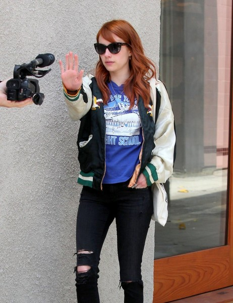 Emma roberts stops by the nine zero one salon 2 of 15 zimbio for 2 the nines salon