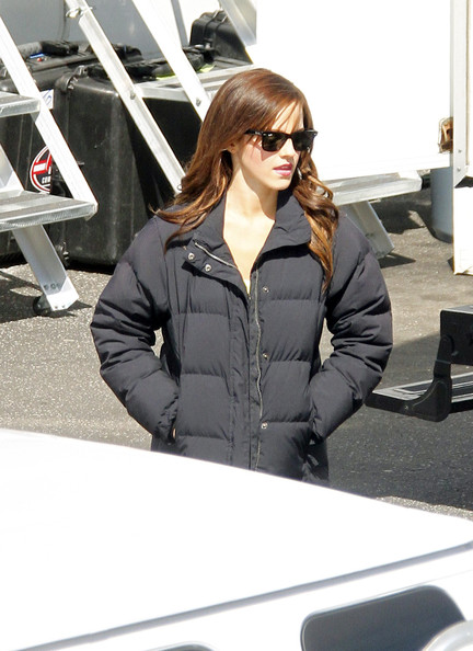 Emma Watson Actress Emma Watson enjoyed her down time with a few co-stars and crew while on the set of ?The Bling Ring? in Los Angeles, California on March 27, 2012. Gavin Rossdale arrived on set a while later to film his latest scenes in the movie.