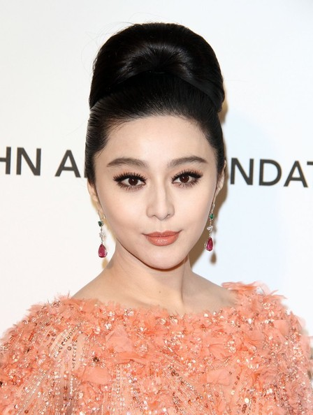 Fan Bingbing - Celebs at Elton John's Oscar Party 2
