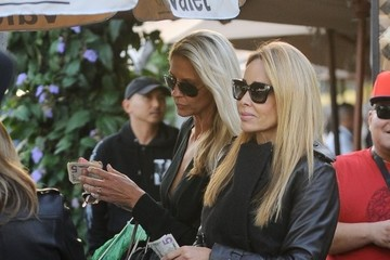 Faye Resnick Kyle Richards and Faye Resnick Have Lunch in Beverly Hills