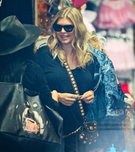Fergie Shopping For Halloween Costumes With A Friend  sc 1 st  Zimbio & Fergie Shopping For Halloween Costumes With A Friend - Zimbio