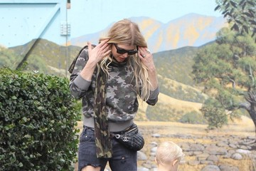 Fergie Fergie Takes Axl to the Park