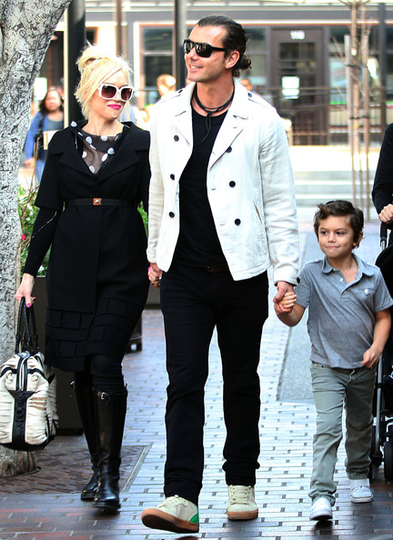 gavin rossdale pictures gwen stefani and gavin take the. Black Bedroom Furniture Sets. Home Design Ideas