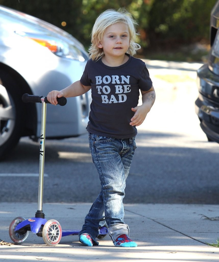 zuma rossdale in gavin rossdale takes his sons kingston