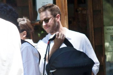 Ginnifer Goodwin Ginnifer Goodwin & Josh Dallas Lunch In Malibu