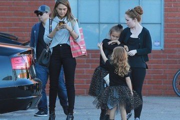 Haven Warren Jessica Alba Leaves the Office With Her Kids