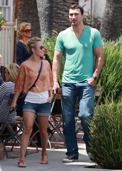 Hayden Panettiere And Wladimir Klitschko Out For Lunch At Le Pain Quotidien []