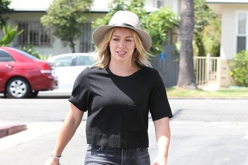 Hilary Duff Hilary Duff Lunches in West Hollywood