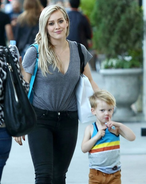 Hilary Duff & Son Luca Doing Some Last Minute Christmas Shopping