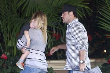 Hilary Duff Mike Comrie Hilary Duff & Family At A Hotel In Beverly Hills
