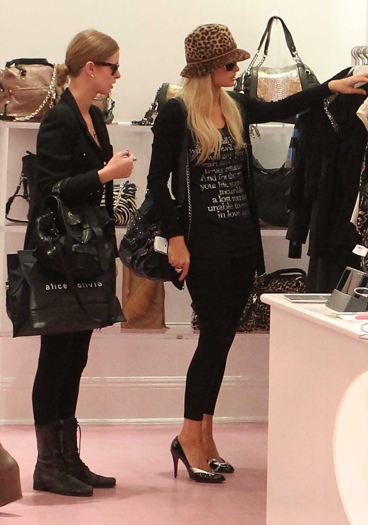 hiltons girls Paris hilton, producer: the hottie & the nottie paris hilton is one of today's most recognizable figures, known around the world as a businesswoman and entrepreneur.