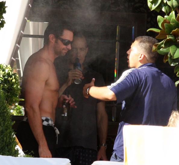 Hugh Jackman And Family At The Encore Hotel Pool In Las Vegas