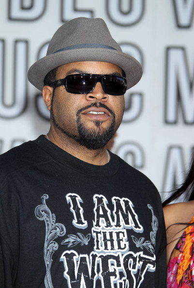 ice cube 2018 wife net worth tattoos smoking body facts taddlr. Black Bedroom Furniture Sets. Home Design Ideas