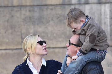 Ignatius Upton Cate Blanchett & Family Go Sight Seeing In Paris
