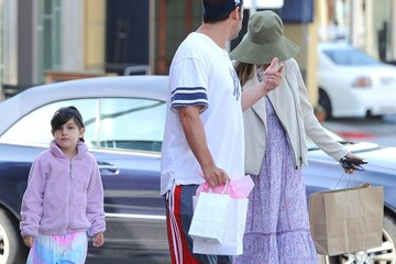 Jackie Sandler Adam Sandler Runs Morning Errands