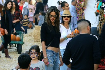 Jamie Mazur Alessandra Ambrosio & Family At Mr. Bones Pumpkin Patch