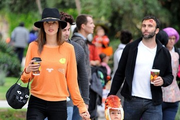 Jamie Mazur Alessandra Ambrosio & Family Out Trick Or Treating