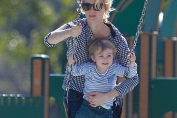 January Jones January Jones Takes Xander to the Park