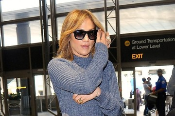 Jennifer Lopez Jennifer Lopez Catches a Flight at LAX