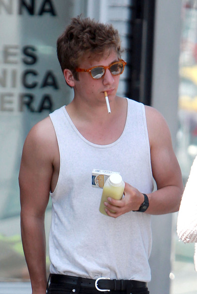 Jeremy Allen White Jeremy Allen White Stays