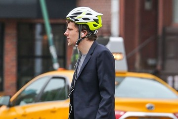 Jesse Eisenberg Jesse Eisenberg is all About Safety in NYC
