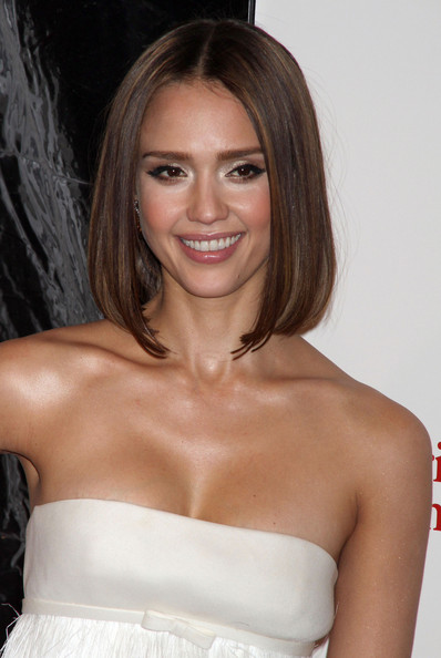 jessica alba little fockers blue dress. pics of jessica alba in little