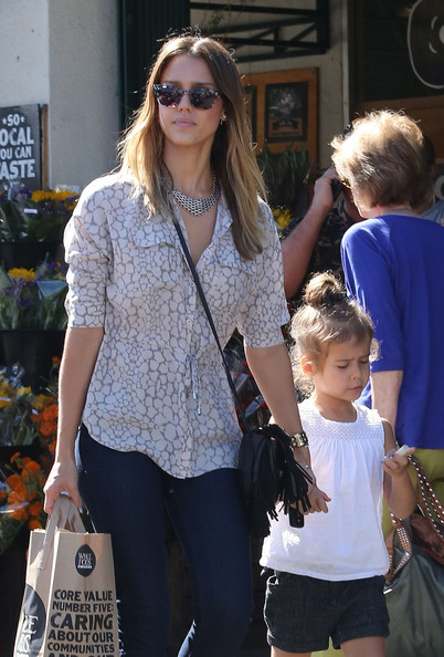 Jessica Alba - Jessica Alba Is A Busy Mom