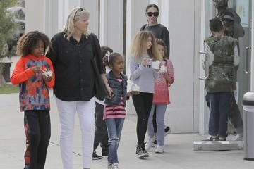 Johan Samuel Seal and Erica Packer Take Their Kids Out for Froyo