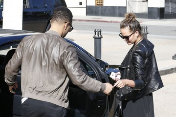 John Legend John Legend & Christine Teigen Do Some Shopping At Barneys