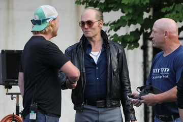 Johnny Depp Amber Heard Visits Johnny Depp On The Set Of 'Black Mass'