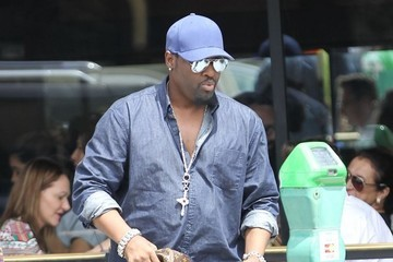 Johnny Gill Johnny Gill Has Lunch in Beverly Hills