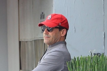 Jon Hamm Jon Hamm Gets Lunch in Beverly Hills