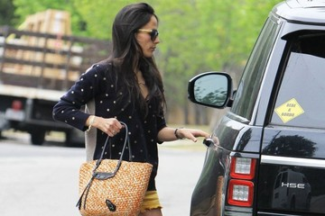 Jordana Brewster Jordana Brewster Takes Her Son to Lunch