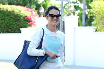 Jordana Brewster Jordana Brewster Hits the Gym
