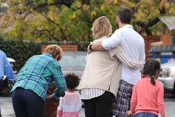 Josh Kelly Katherine Heigl and Her Family Have Lunch in Los Angeles