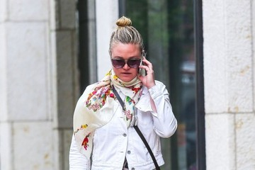 Julia Stiles Julia Stiles Walks and Talks in NYC