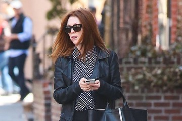 Julianne Moore Julianne Moore Chatting On Her Cell Phone In New York City