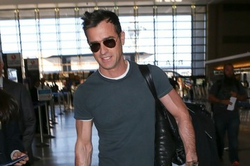 Justin Theroux Justin Theroux Departing On A Flight At LAX