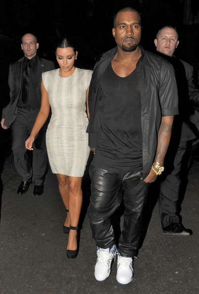 Kanye West - Kanye And Kim Out For Dinner In London 2