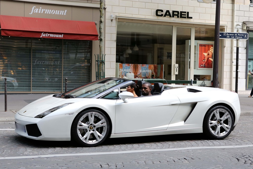 Kanye West Treats Kim Kardashian To Lamborghini Ride