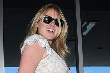 Kate Upton Kate Upton Departs from LAX