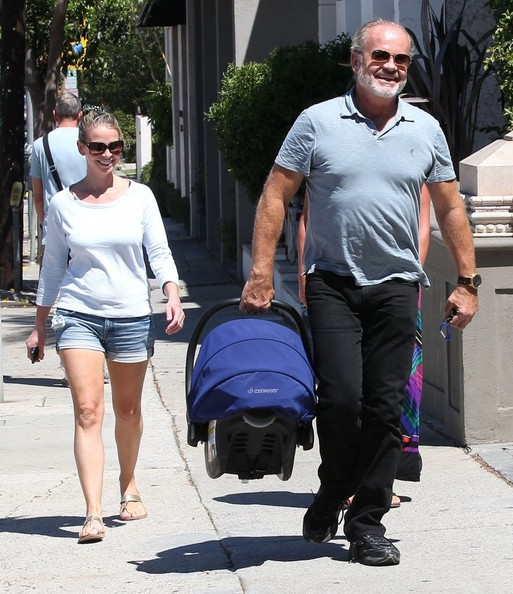 Kelsey Grammer Takes His Family