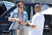 Kate Walsh Stops By The Kate Somerville Salon