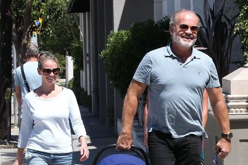 Kate Walsh Kelsey Grammer Takes His Family to lunch