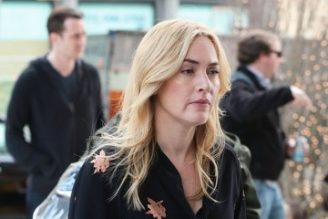 Kate Winslet Stars Perform on the Set of 'Collateral Beauty' in NYC