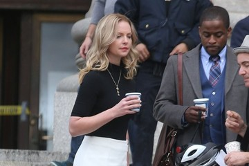 Katherine Heigl Katherine Heigl Performs on the Set of 'Doubt' in NYC
