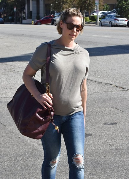 Katherine Heigl Photos Photos - Pregnant Katherine Heigl ...
