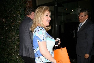 Kathy Hilton Paris Hilton Gets Dinner with Her Parents